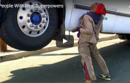 Here are 5 people with real life superpowers